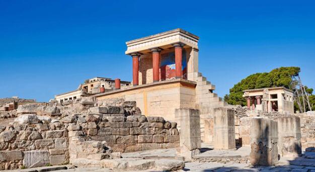Heraklion Knossos ancient spot in Crete Keramoti rent a car in Kissamos